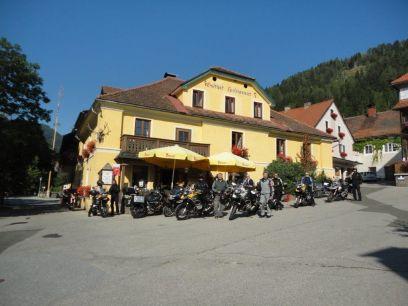 Hirschenwirt*** - Traditionsgasthof seit 1423